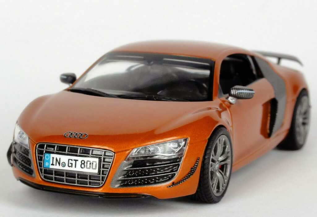 audi r8 gt im ma stab 1 43 neu bei schuco in mattem schwarz modellauto news. Black Bedroom Furniture Sets. Home Design Ideas