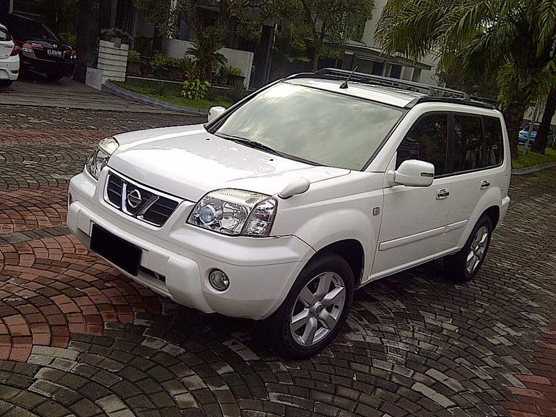 Modifikasi Mobil Nissan X-Trail ST