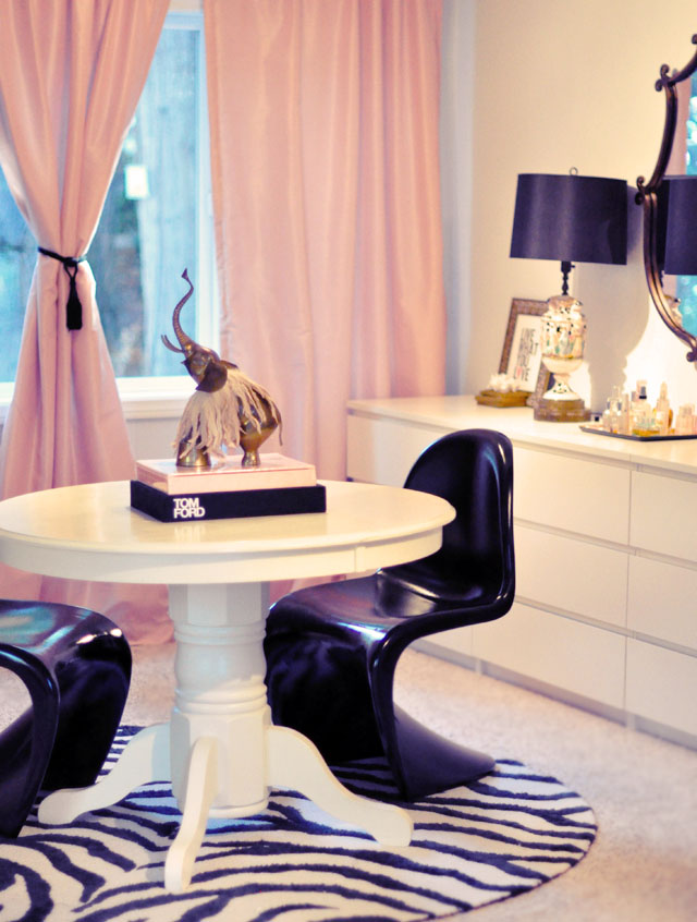 vanity, vintage lamps, black shades, italian mirror