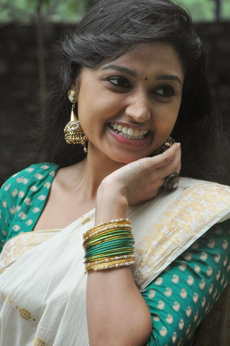 Actress HD Gallery: Sija Rose Cute Saree Photo Stills in ...