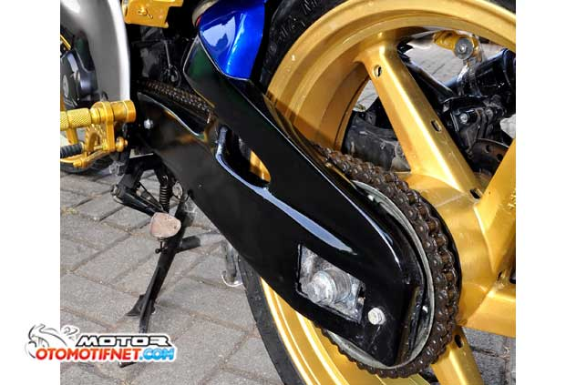 Modifikasi Honda Mega Pro 2011 Street Fighter Full Body Custom