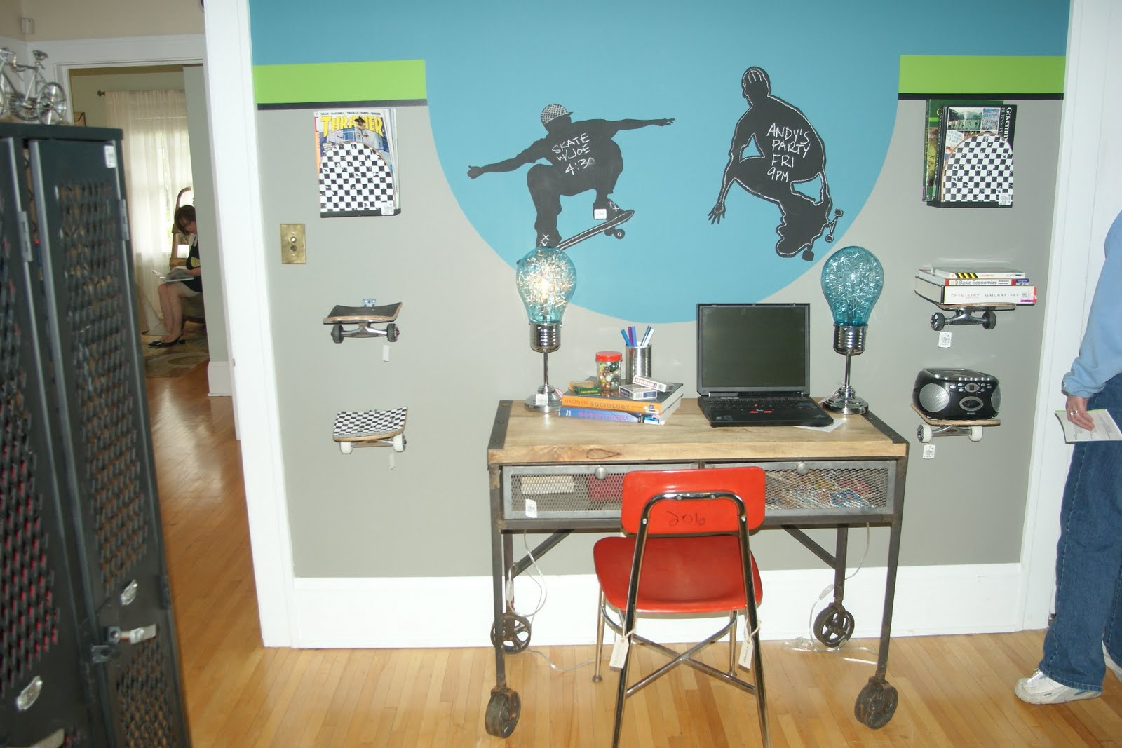 B a t 39 s crafts my 100th post bachman 39 s summer idea home highlights 2011 - Skateboard themed bedroom ...
