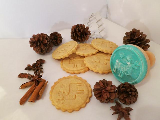 Backrezept für Kekse mit Keksstempel