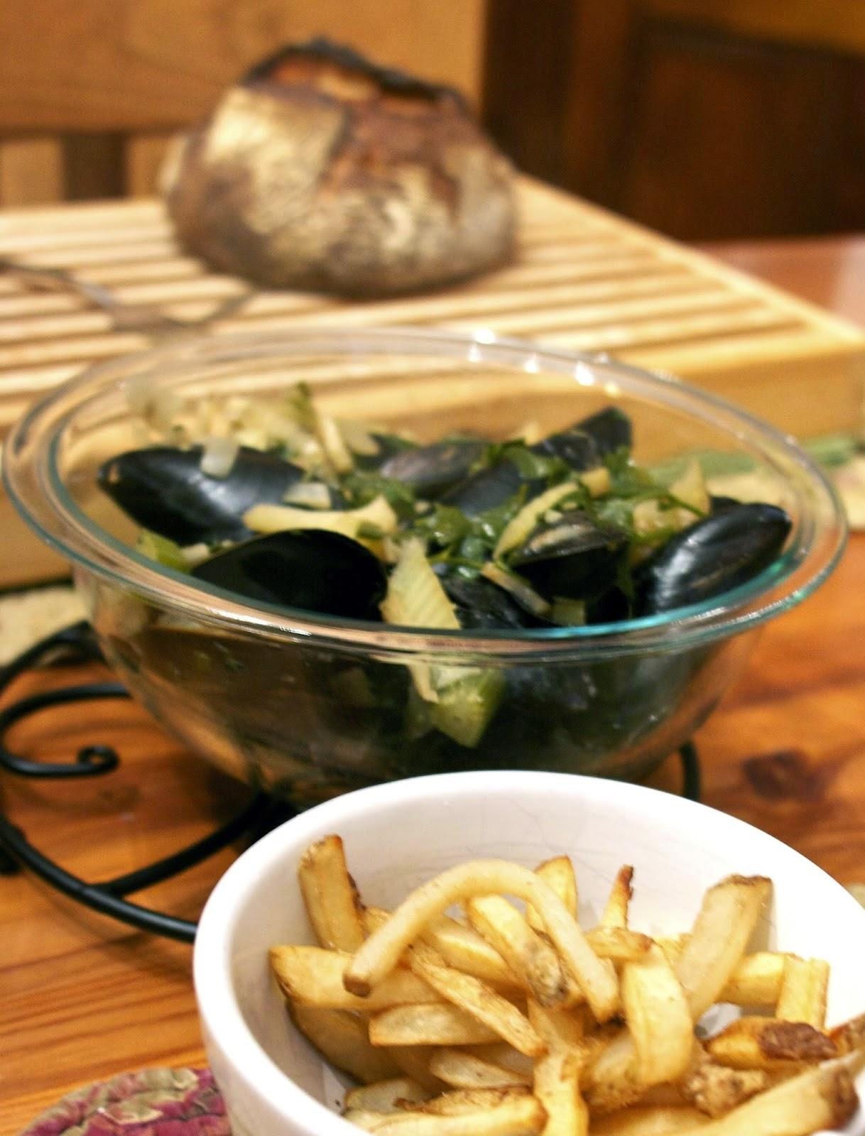 Belgium Mussels and Fries: simplelivingeating.com