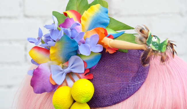 Pearls & Swine, fascinator, rainbow