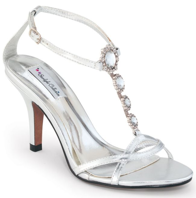 Fabulous White Wedding Shoes 650 x 658 · 37 kB · jpeg