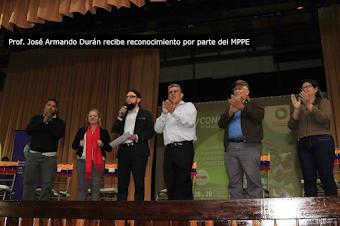Ministro de educación Elías Jaua expresó su sincera felicitación al Comunicador y Educador Durán