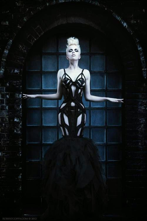 Fetish Inspirations : Structural Dress
