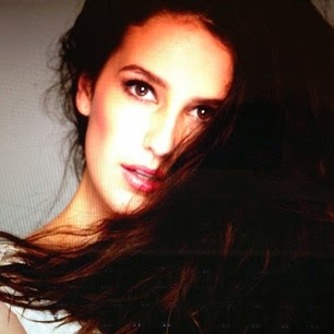 isabelle kaif hot face