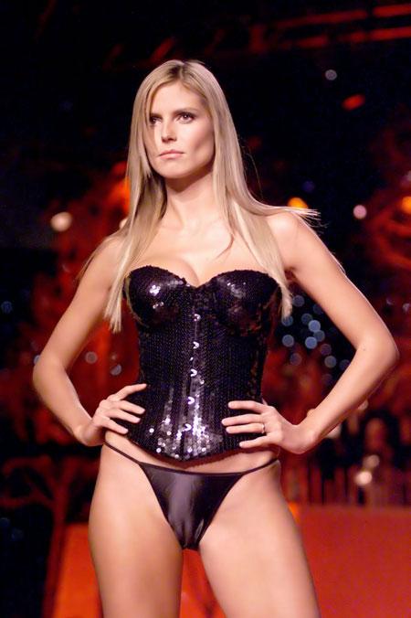supermodel milf heidi klum beautiful big boobs nude
