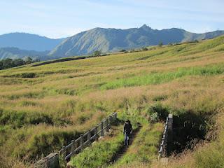 Visitindonesia; Tracks To Climb Mountain Rinjani Inward Westward Nusa Tenggara