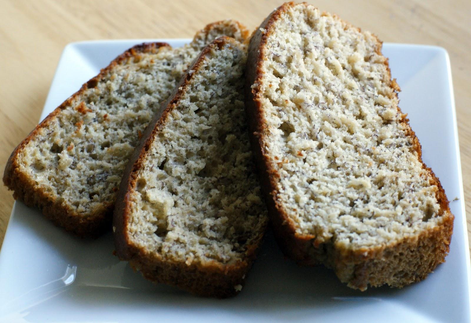 The Merlin Menu: Applesauce Banana Bread
