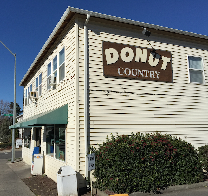 Donut Country in Medford, Oregon
