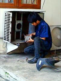 perbaikan out door ac di LPMP tanjung barat