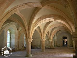 http://lafrancemedievale.blogspot.fr/2015/09/montbard-21-abbaye-de-fontenay-la-salle.html
