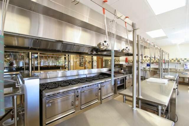 Restaurant Kitchen At Home home decoration: restaurant kitchen