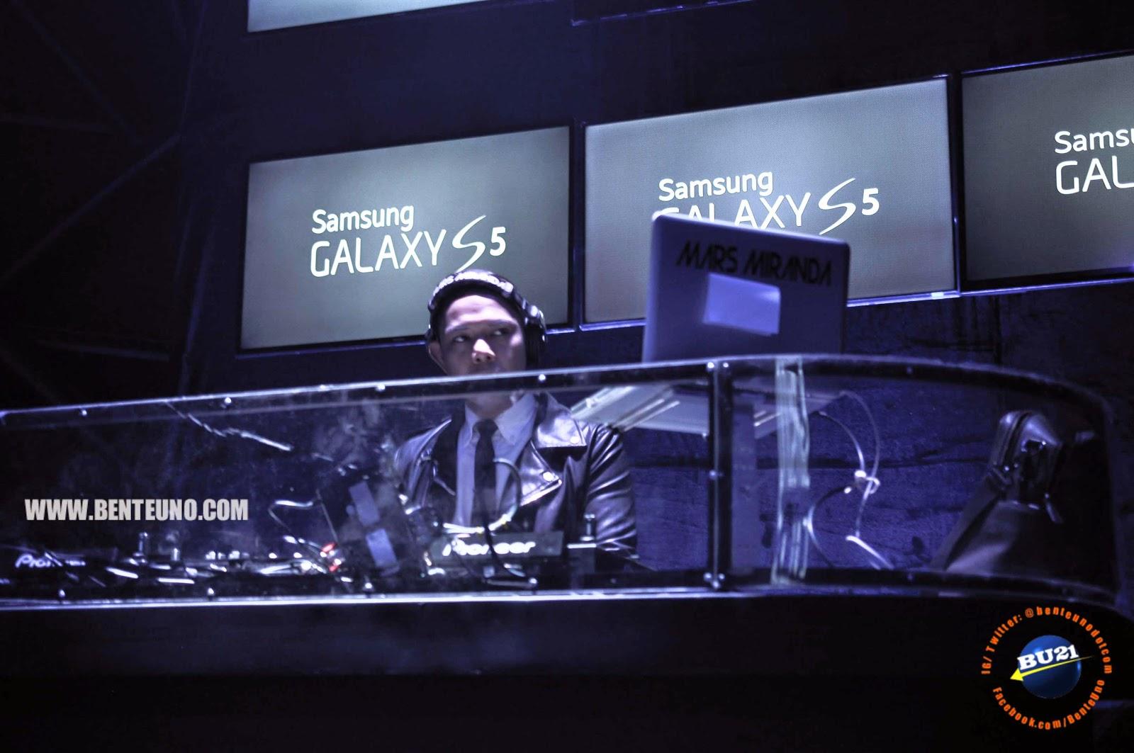 DJ Mars Miranda during the Galaxy S5 Launch at the Samsung Hall