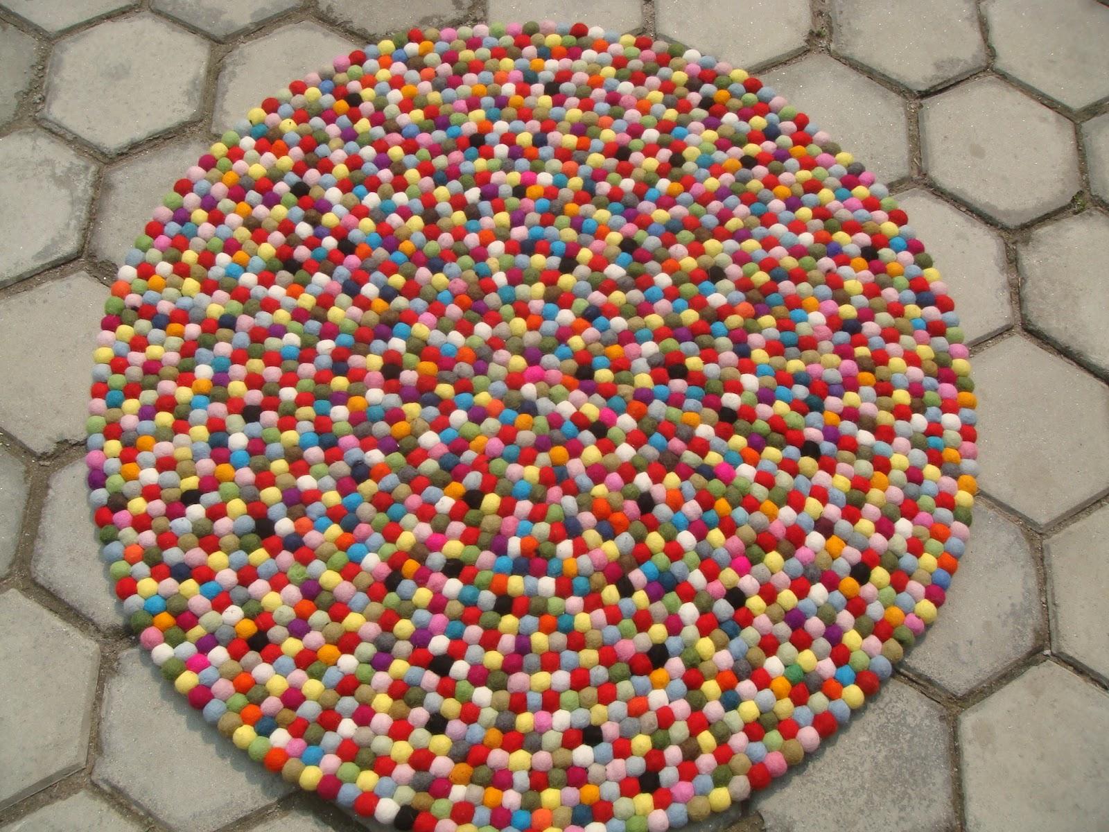 Alfombras divertidas de nepal for Alfombras hechas con lana