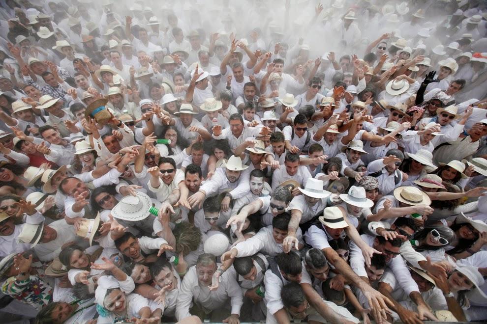 Santa Cruz de La Palma Dipenuhi Pesta Baling Bedak
