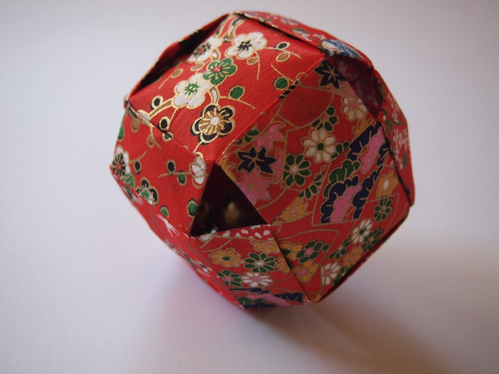 This Origami Sphere Is Made By Connecting 6 Individual Units Together