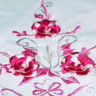 Telekung Vietnam pink sulam bunga timbul