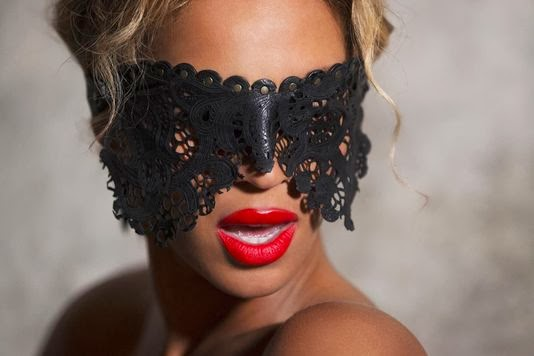 Fetish Inspirations : Extract From Beyoncé Last Video Clip Launched Exclusively On iTunes 12/2013