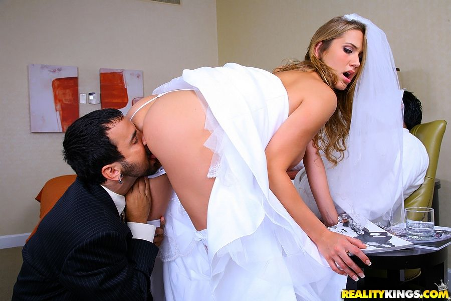 onlayn-porno-na-svadbah