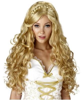 potongan rambut wanita keriting panjang