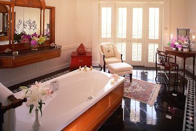 MANDARIN-ORIENTAL-HOTEL-BANGKOK-ROYAL-ORIENTAL-SUITE-LUXURY-TRAVEL-THAILAND