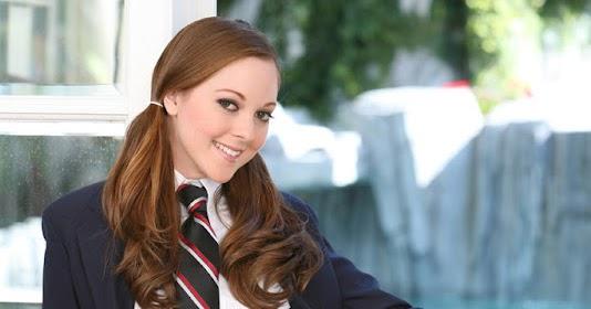 SCARLETT FAY: SCHOOL GIRL WHO LOVES MAN MEAT | Heavenly Bodies