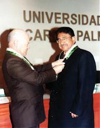 EL AUTOR CON EL DR. IVÁN RODRIGUEZ*