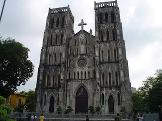 Pequeña Notre Dame de Hanoi. Catedral de Hanoi