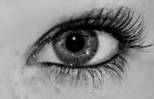arti kedutan mata