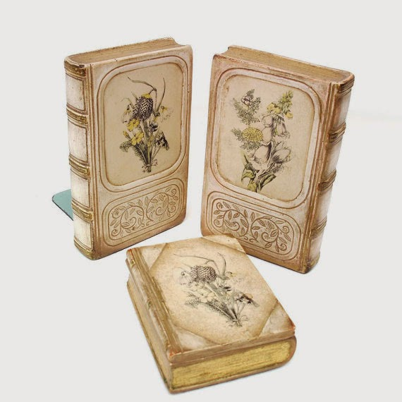 Antique Chalkware Bookends by Whimzy Thyme via http://www.prodigalpieces.com