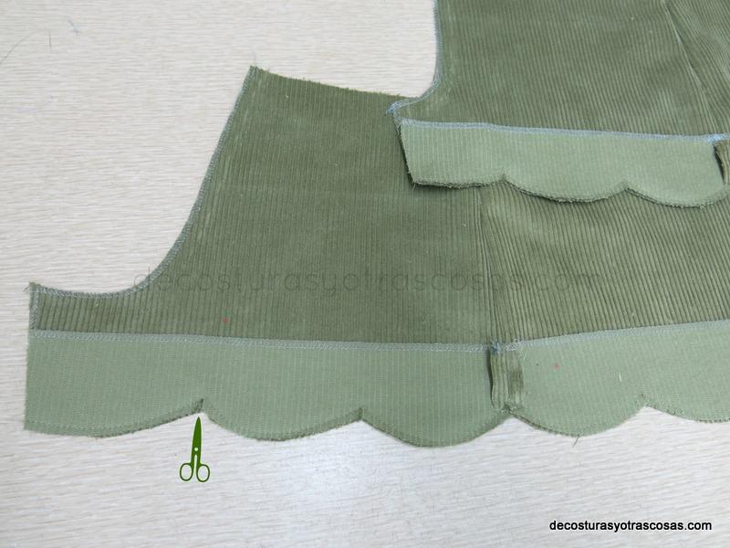 pantalón corto con bastilla en ondas