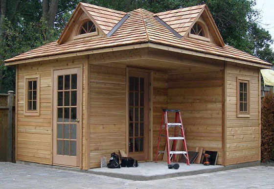 Artistic Tiny House Design AyanaHouse