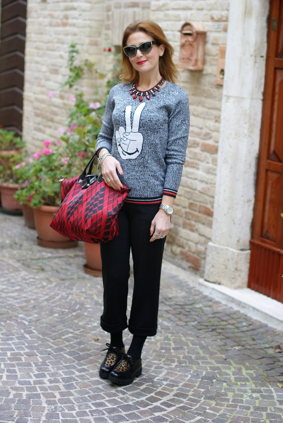 Longchamp Le Pliage Losange handbag, ankle length trousers, Roberto Botticelli shoes, Fashion and Cookies, fashion blogger