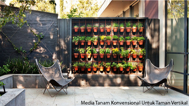 Media Tanam Konvensional Untuk Taman Vertikal