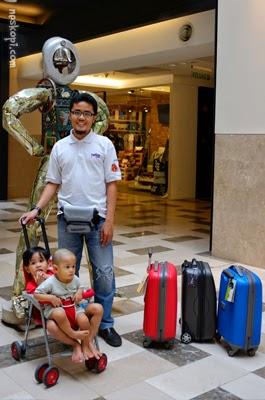 daiichi condotti luggage spinner bag