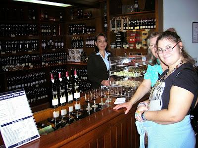Museo del vino,  Funchal, Madeira, Portugal, La vuelta al mundo de Asun y Ricardo, round the world, mundoporlibre.com