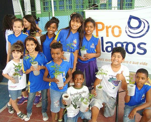 Galera do Saúde Nota 10 visita escolas de Cabo Frio