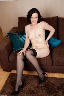 wet pussy - sexygirl-emi030NAT_280593095-796418.jpg
