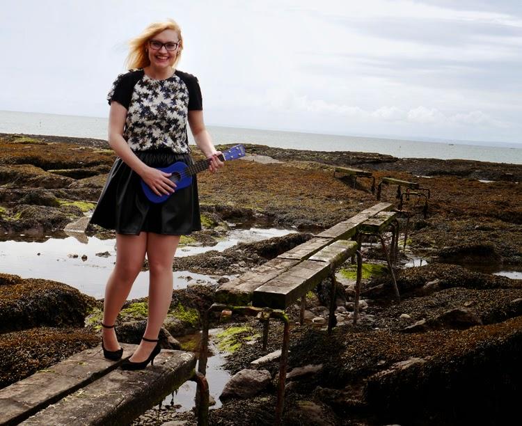hawaii, Scotland, Arbroath, palm trees, ukelele, beach, fashion shoot, incredible backdrop, photoshoot, accident