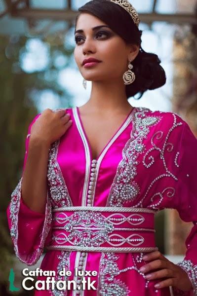 Caftan marocain fuchsia haute couture 2014