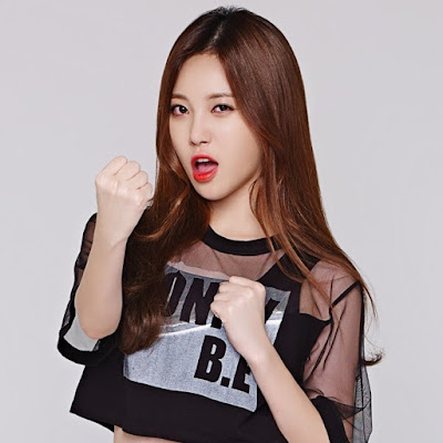 Yura Girl's Day Tales Runner
