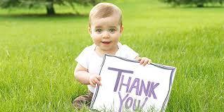 ... gambar tulisan Thank You atau Terima Kasih sambil membuka mulutnya