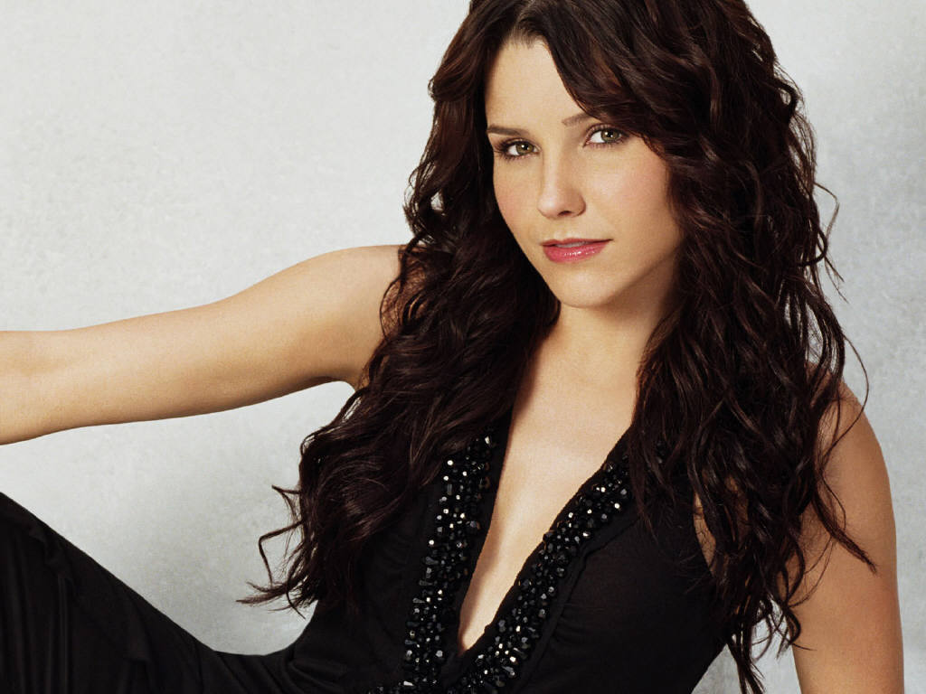 Sophia Bush Hairstyle Wallpapers Sophia Bush Hairstyle Wallpapers
