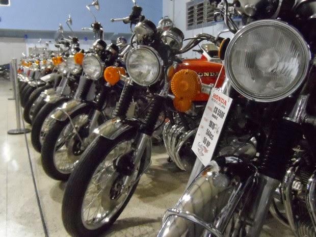 Petropolis%2B6 - Paixão por duas rodas é exposta em 'museu' com motos dos anos 70 e 80