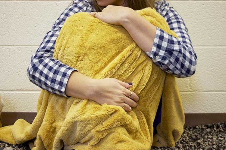 saranoni fuzzy blanket