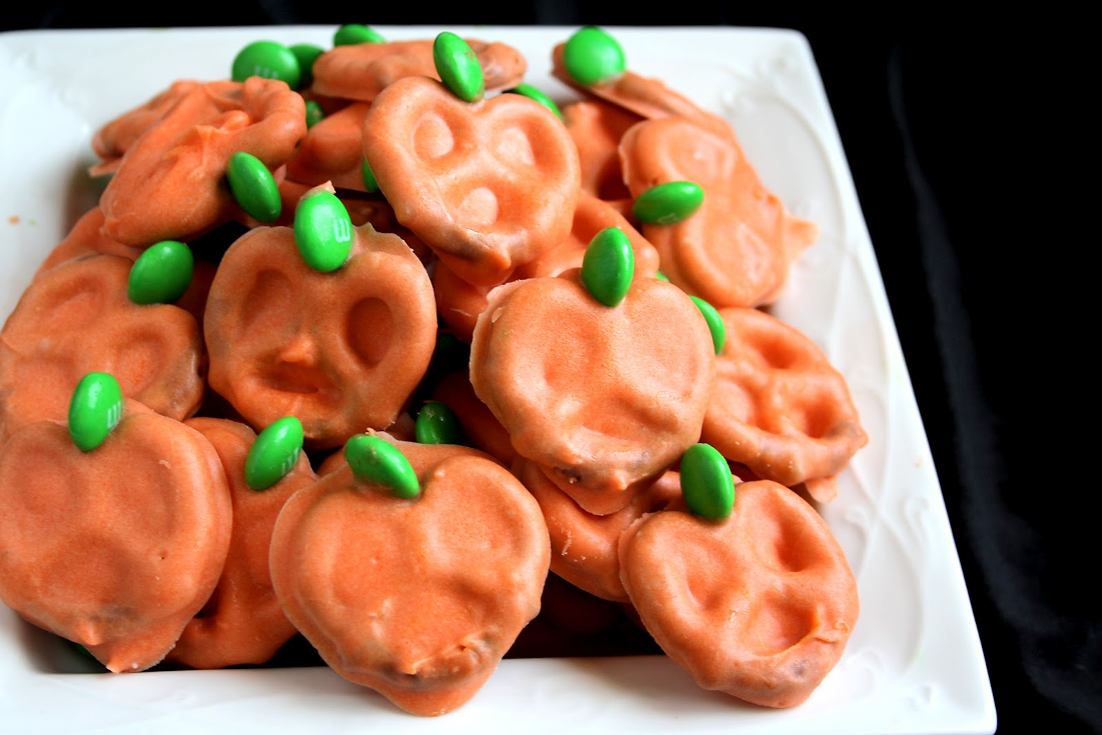pumpkin pretzels made with just a few ingredients are perfectly festive for halloween tips - Easy Halloween Appetizer Recipes With Pictures